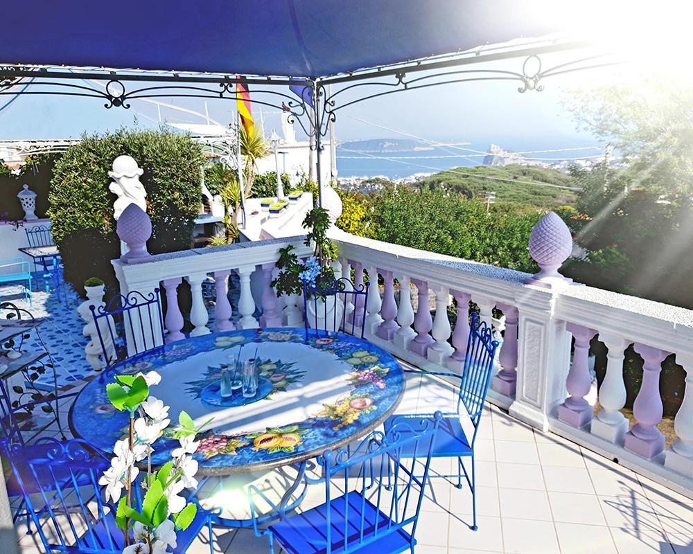 Casa vacanza ischia villa lesto appartamenti isola d for Appartamenti ischia